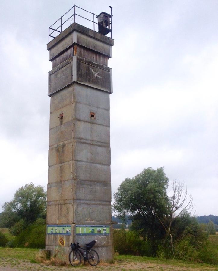 DDR-Wachturm bei Boizenburg Vogelschutzstation